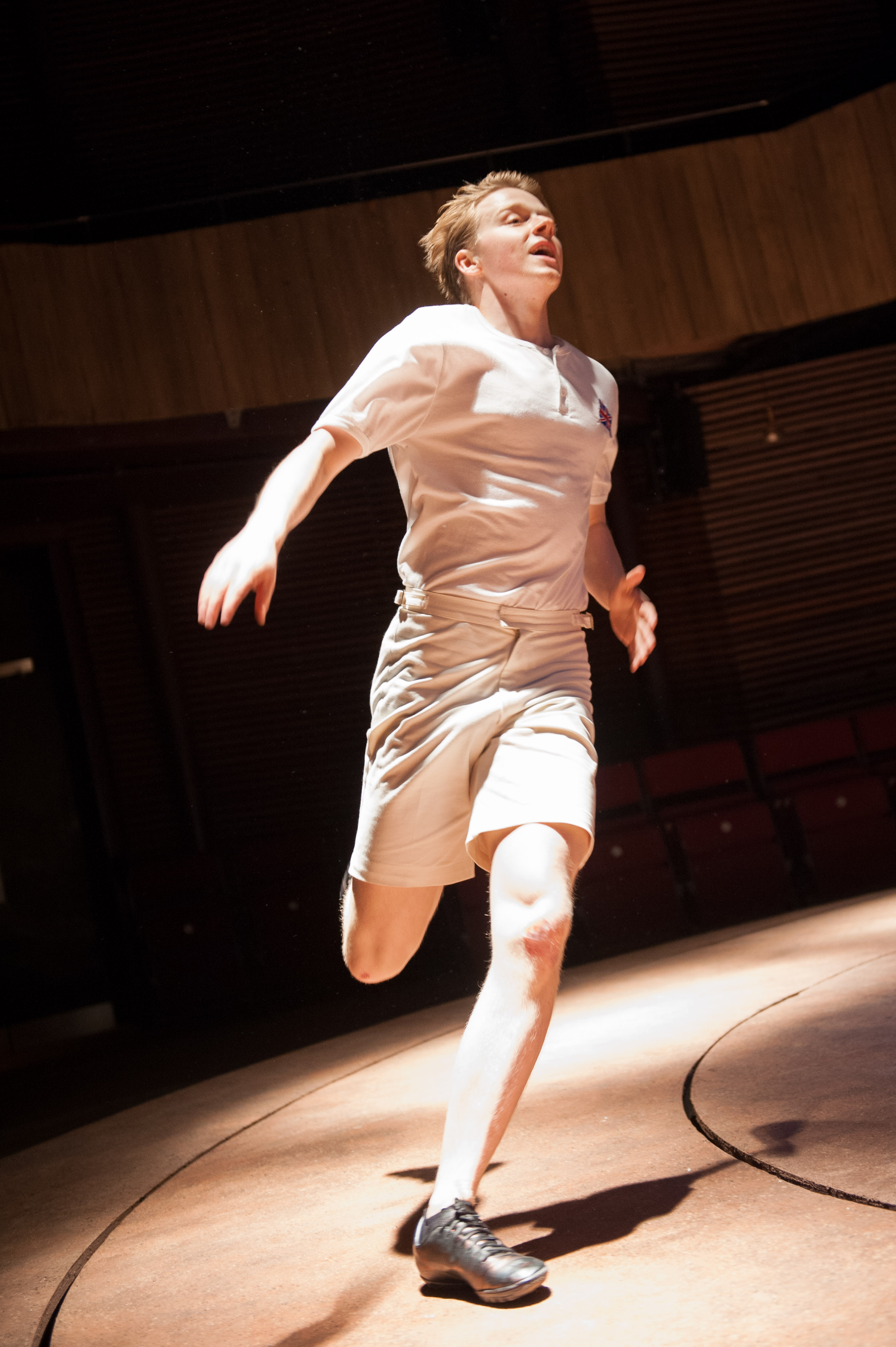 Jack Lowden (Eric Liddell) in Chariots of Fire